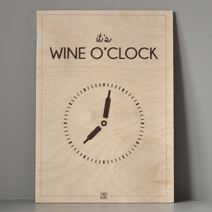 traeskilt_its_wine_oclock