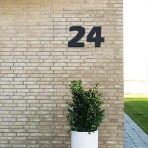 Husnummer i fed vejrbestandig plast